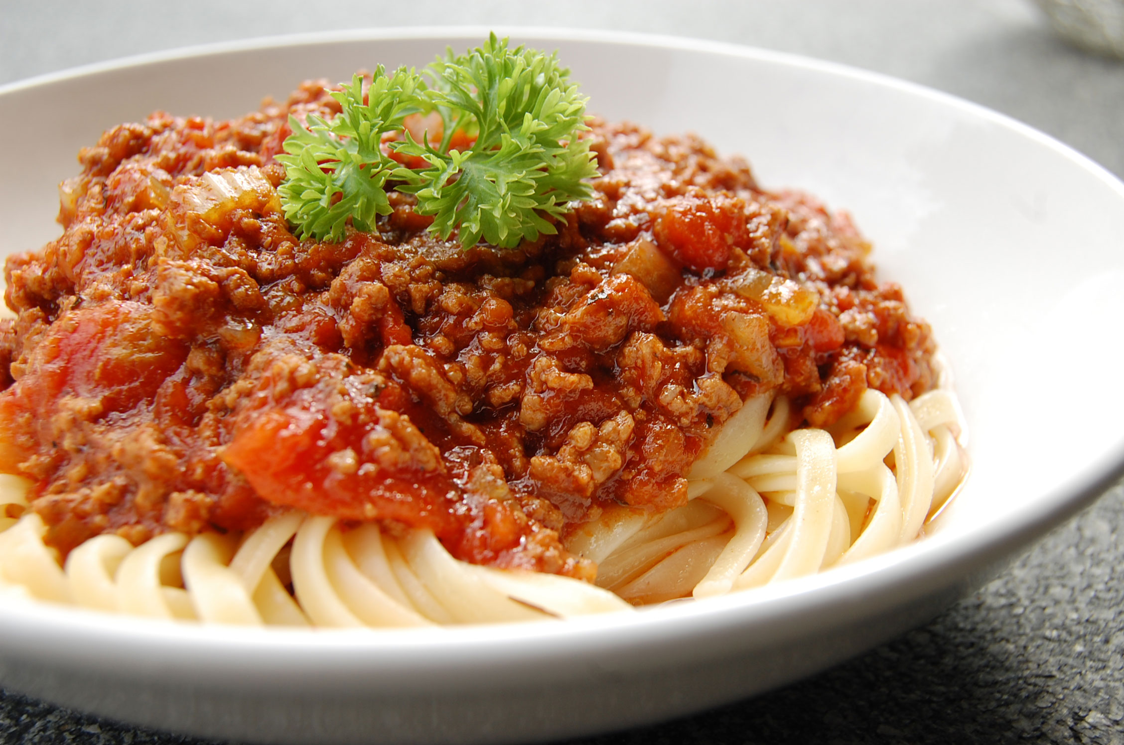 Spaghetti With Bolognese Sauce Recipe — Dishmaps